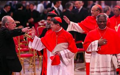 Nomine. I cardinali Turkson e Tagle nuovi membri Apsa